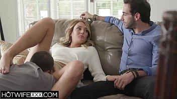 Озорник с здоровенным членом пердолит замужнюю тетку в анальную половую щелочку